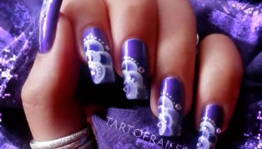 Nail Art Nuages One Stroke