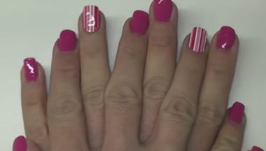 Tutorial Nail Art Primaverile Rosa Con Stickers