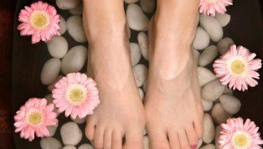 piedi doloranti cause rimedi