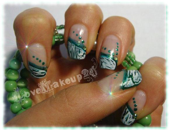 tutorial-nail-art-cracklegreen