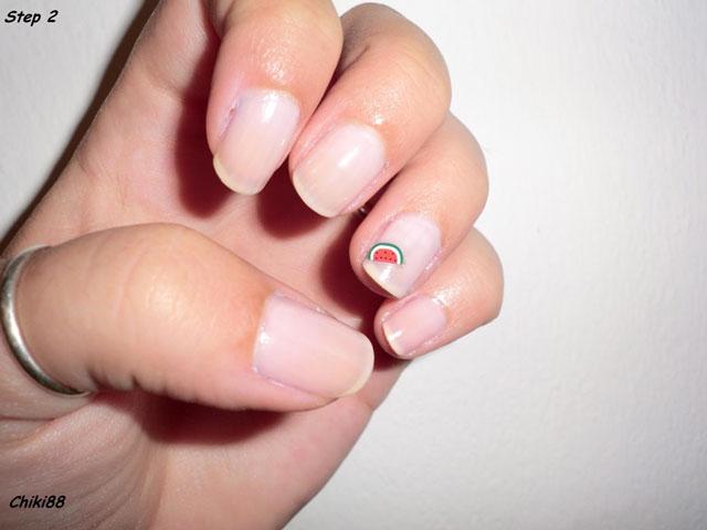 Tutorial-Nail-Art-Watermelon-step-2
