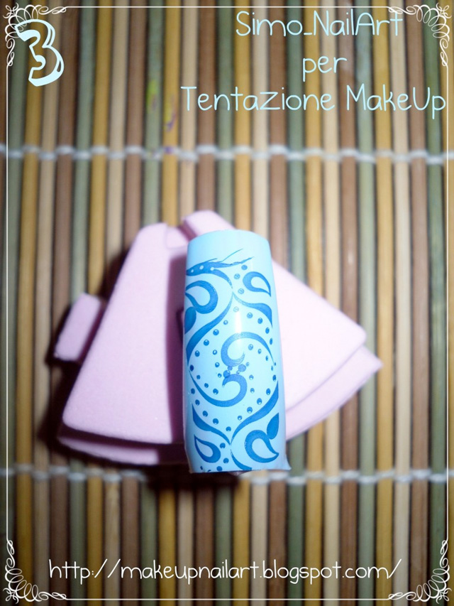 Tutorial-Nail-Art-stamping-Konad-step-3