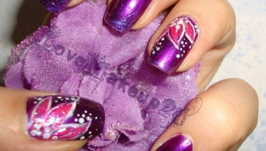 Tutorial Nail Art – Violet and Flower