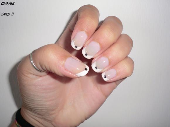 Tutorial-Nail-Art-French-Elegante-5