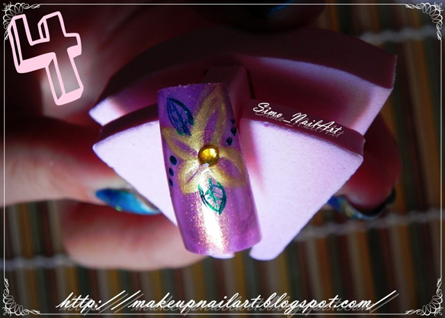 Tutorial-Nail-Art-Flower-Power-step4