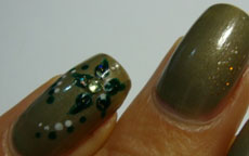 Ever Green nail art
