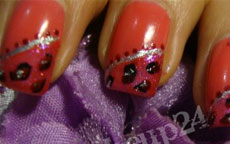 Pinky Animalier nail art
