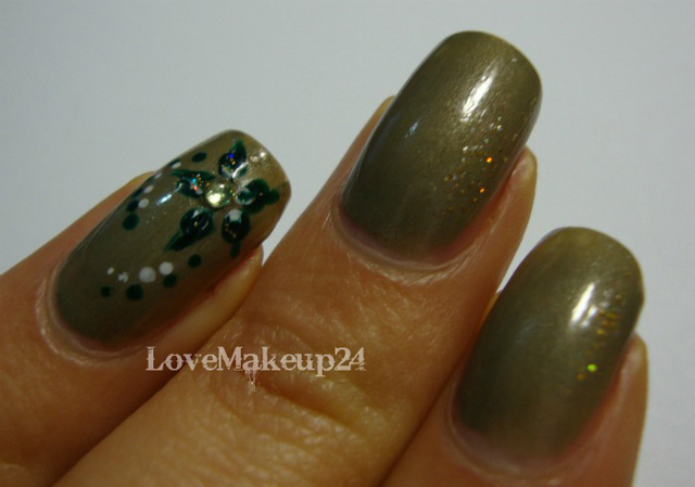 Tutorial-Nail-Art-Ever-Green-foto1