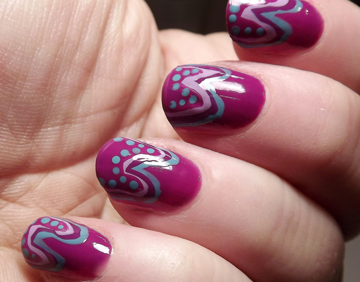 Nail-Art-Tutorial-Pois-e-onde