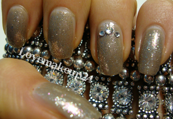 Tutorial-Nail-Art-Only-Strass