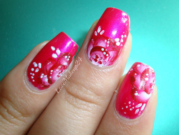Tutorial-Nail-Art-One-Stroke-in-pink