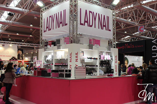 international-estetica-roma-lady-nails