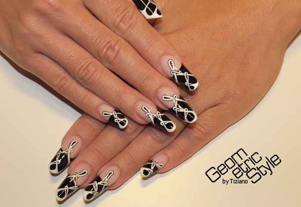 Geometric-Style-nails-05