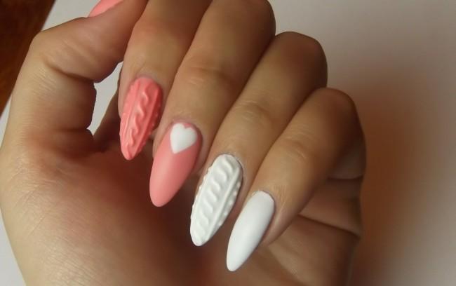 manicure ad effetto maglia