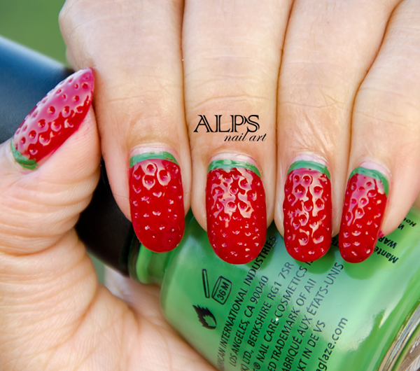 Strawberry Nails (c) Alps Nail Art