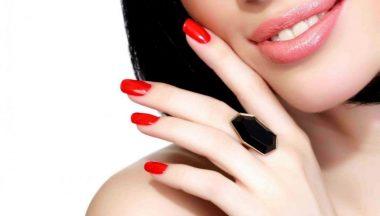 Come rimuovere il semipermanente senza rovinare le unghie